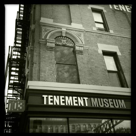 Tenement Museum: Outside the building
