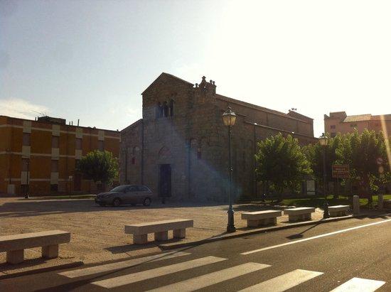 Antica Dimora Olbia: Cerca de la iglesia