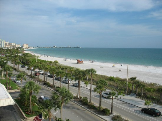 Holiday Inn Sarasota - Lido Beach: View from our balcony