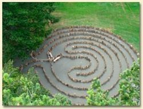 Ocean Resort: Driftwood Labyrinth