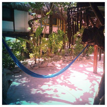 Hotel Amoreira: Outdoor hammock