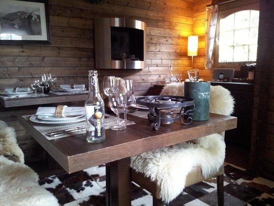 La Val Bergspa Hotel: Die Lavalino Hütte im Garten für besonders gemütliche Momente