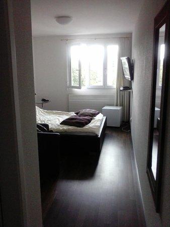 Gertrudstrasse Guesthouse: my room