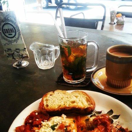 Kreol Kitchen: Shakshuka eggs, iced mint rosewater tea, long black coffee = happy belly.