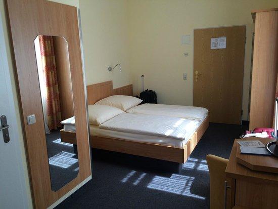 Hotel Uhland: Room 21