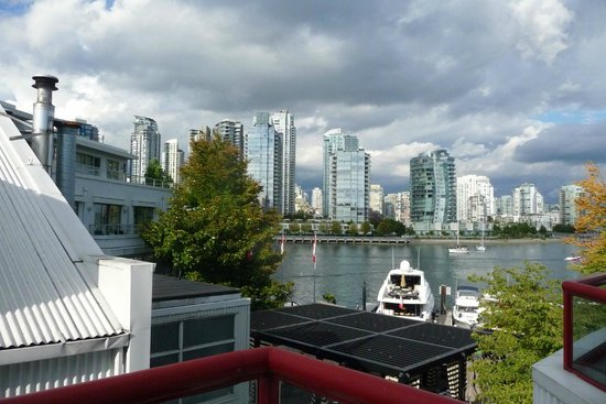 Granville Island Hotel: View from balcony