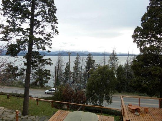 Pailahue Lodge & Cabanas: Vista desde el comedor