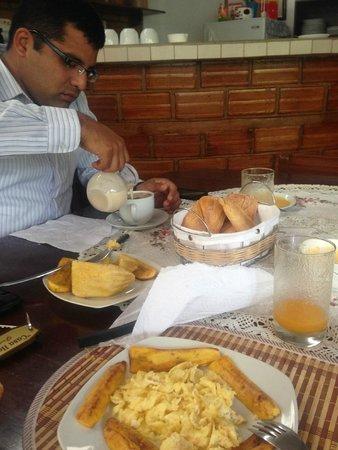 Foto de casa hospedaje el porton moyobamba desayuno tripadvisor - Desayunos en casa ...