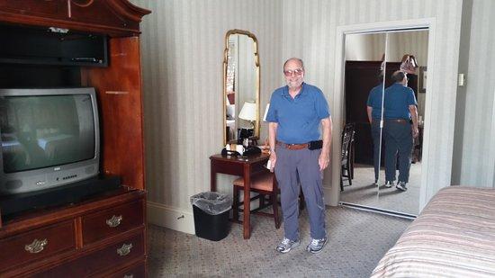 Prince Conti Hotel: room 269 enterance left