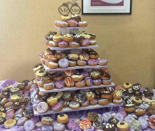 Peace, Love & LIttle Donuts: Donut cakes and donut towers
