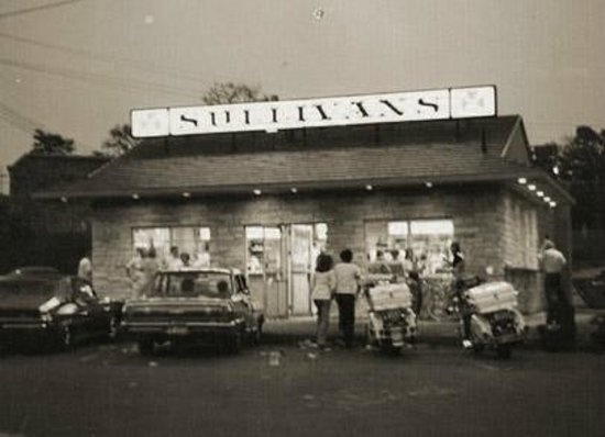 Sullivan's : Small but Great