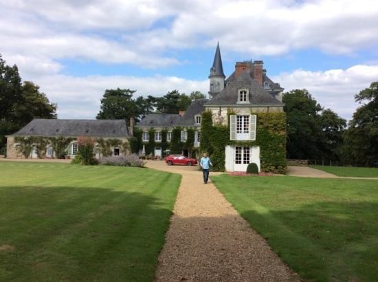 Chateau du Plessis Anjou : authentic french chateau