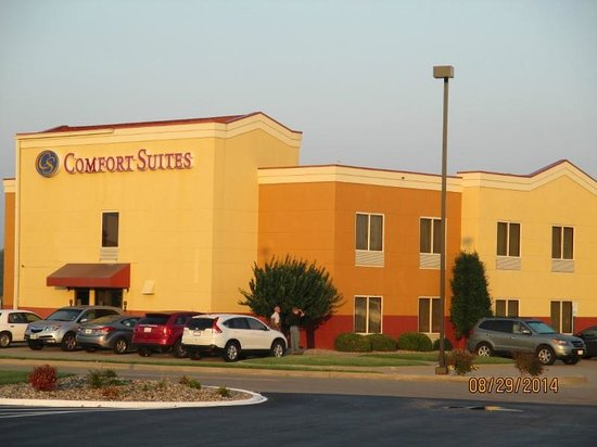 Comfort Suites: Good but a little pricey