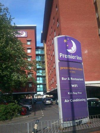 Premier Inn Southampton City Centre Hotel: Hotel front