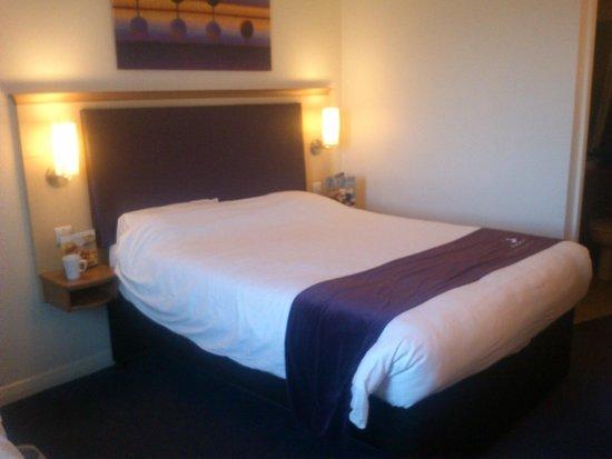 Premier Inn Southampton City Centre Hotel: Room