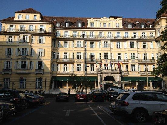 Parkhotel Laurin: Hotelansicht