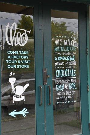 Shutter Tours - Day Tours : Theo Chocolate Factory...YUM!
