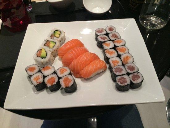 Sushi Bar : Menu 100% saumon + menu 100% maki