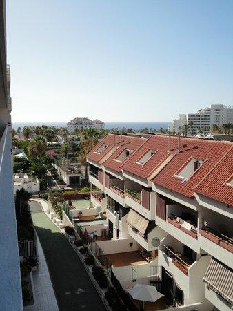 Sunprime Coral Suites: front door view