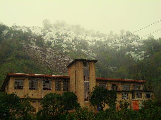 Langrud, Iran: Old tea factory near the Lile ku mountain