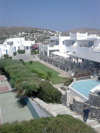Paros Agnanti Resort : πανοραμικη αποψη του ξενοδοχειου