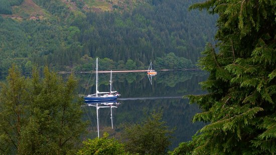 Letterfinlay Lodge Hotel : Loch Lochy from our bedroom window