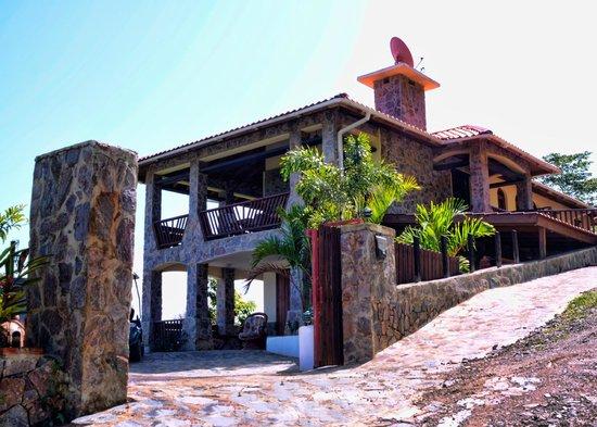 Villa italia picture of jamaca de dios hospitalidad for Villas en jarabacoa