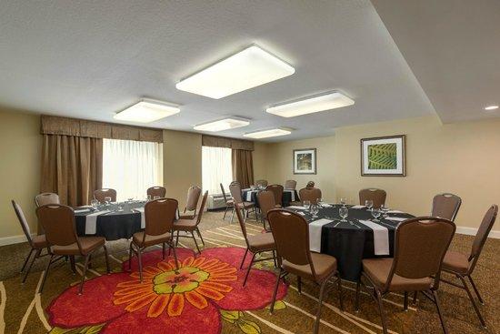 Hilton Garden Inn Orlando East/UCF Area : Magnolia Meeting Room