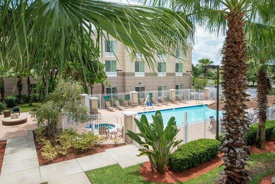 Hilton Garden Inn Orlando East/UCF Area : Pool Area