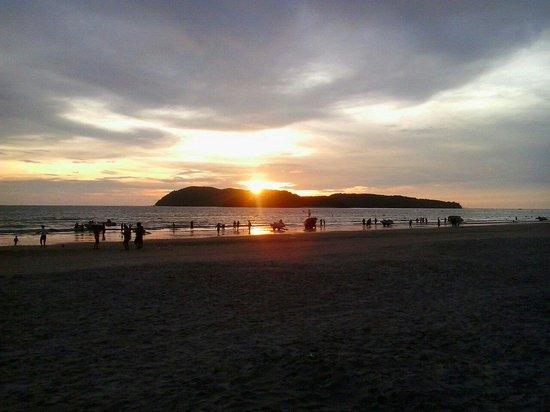 Rafii's Beach Cafe: Great view frim rafiis