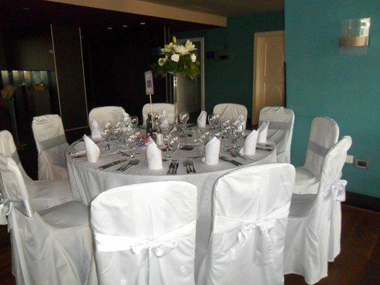 Tirana International Hotel & Conference Centre: Wedding tables