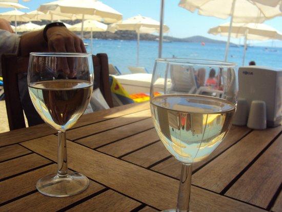 Sultan: White wine