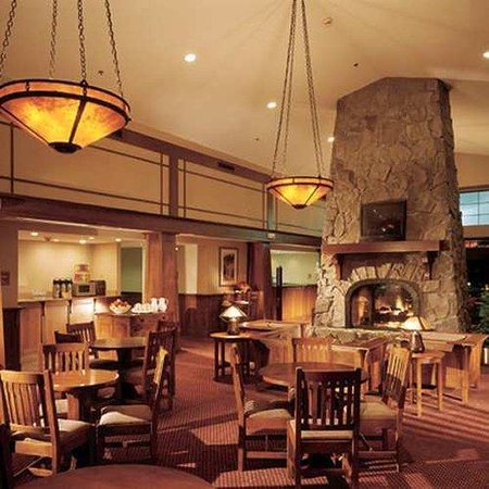 Hampton Inn & Suites Rochester/Victor : Dining