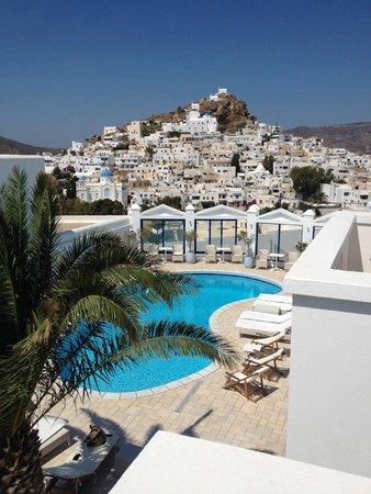 Lofos Village Hotel: vue de la chambre