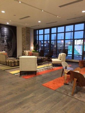 The Alexander: lobby