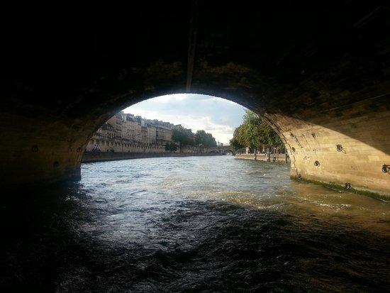 Batobus : Picturesque bridges