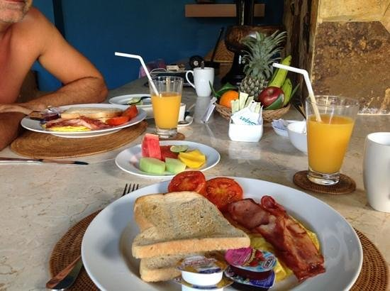 Ahimsa Beach Resort: petit dej