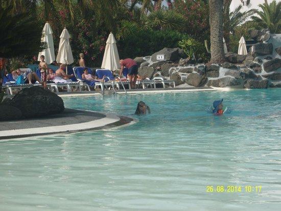 Seaside Los Jameos Playa : one of the swimming pools
