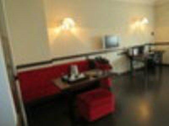 NH Milano Grand Hotel Verdi : Room