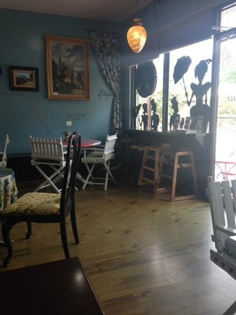 Creperie & Cafe: Inside