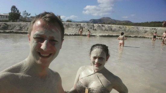 Terme di Vulcano : The bubbling mud pool