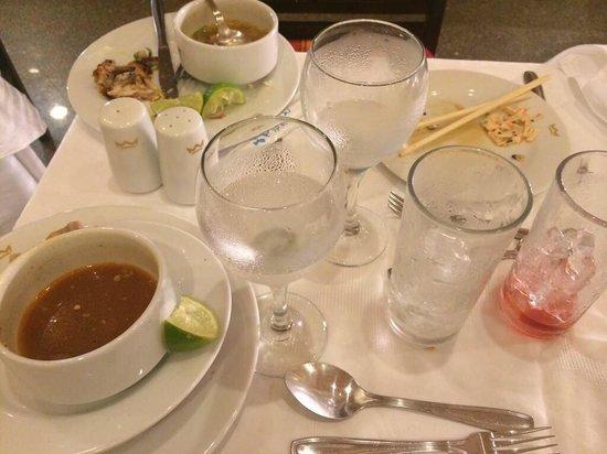 Hotel Riu Emerald Bay : Esto es el servicio en Riu.