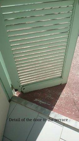 Kalogria Beach Hotel: window