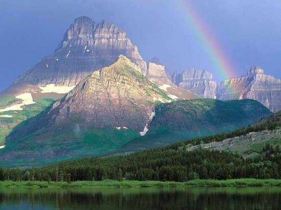 Holiday Inn Great Falls: Glacier National Park- 145 miles from the hotel