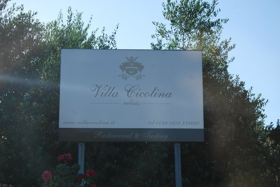 Villa Cicolina: Sign