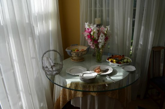 Angel Inn Bed & Breakfast : Part of breakfast service (hot dishes separate)
