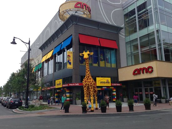 Legoland Discovery Center exterior - Picture of Legoland Discovery ...