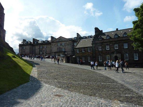 Castillo de Edimburgo: Inside the walls