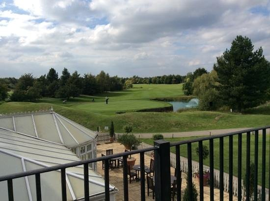 Essex Golf & Country Club: what a place to spend an afternoon on the emails!