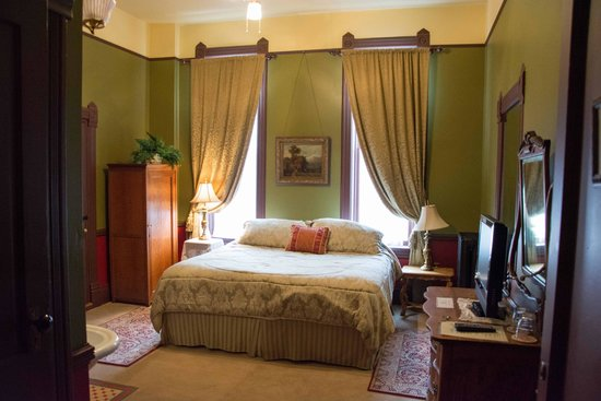 Martin Mason Hotel: Bedroom … Sorry I can't remember the room name